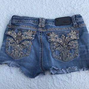 Grace in LA cut-off Jean shorts sz 28/ 9